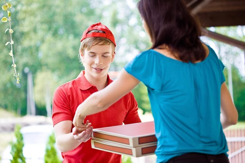 Why Homeowners Should Order from Home Meal Delivery Services
